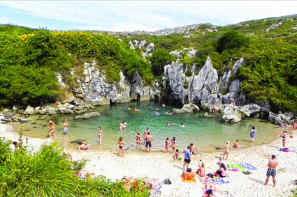 Playa-du-gulpiyuri-Asturie