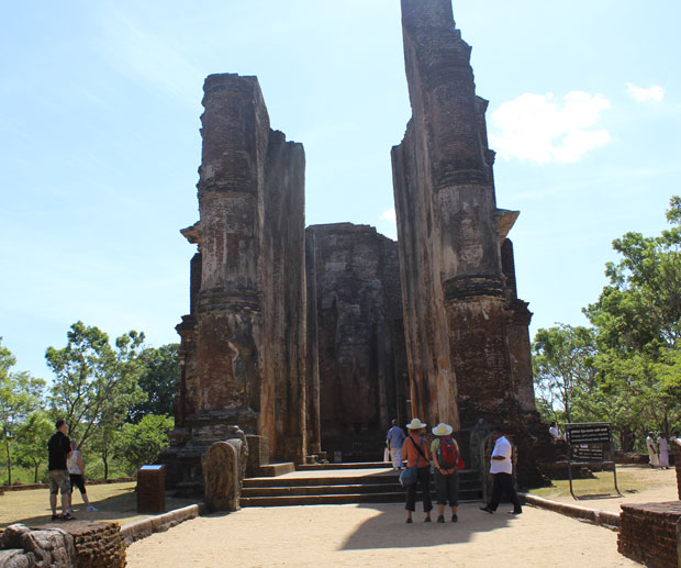 lankatilaka-polonnaruwa-sri-lanka