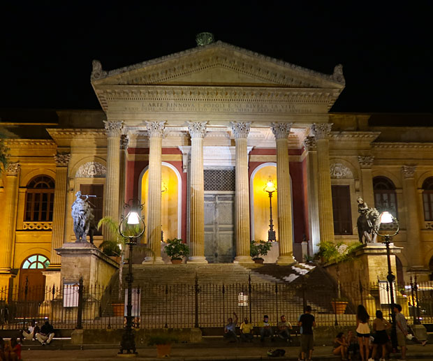 Tour Sicilia Occidentale Palemo Teatro Massimo