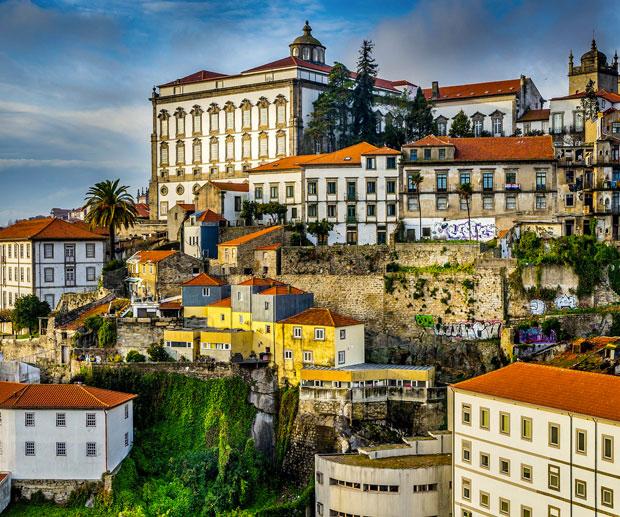 Dove Alloggiare a Porto: i Quartieri Migliori per Visitare ...
